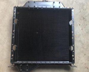 Радиатор 77-1301010 (2 подвода сверху, низ слева.)
